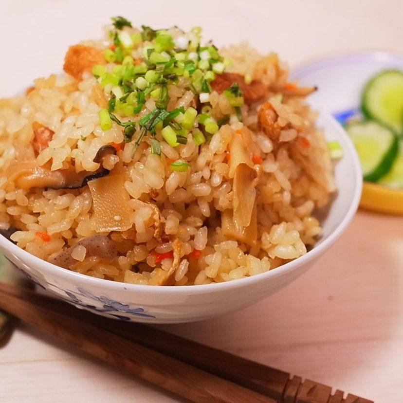 #ヤマキめんつゆ #ヤマキレシピ<br /> <br /> 今日の晩ごはんは、大好きな「炊込みご飯」!!<br />  だしの旨みと具材の味をご飯一粒一粒が吸っていて、<br /> すんごく美味しかったです!